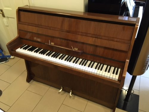 Barratt & Robinson Piano