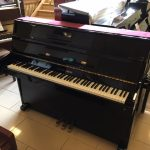 Young Chang E101 Piano