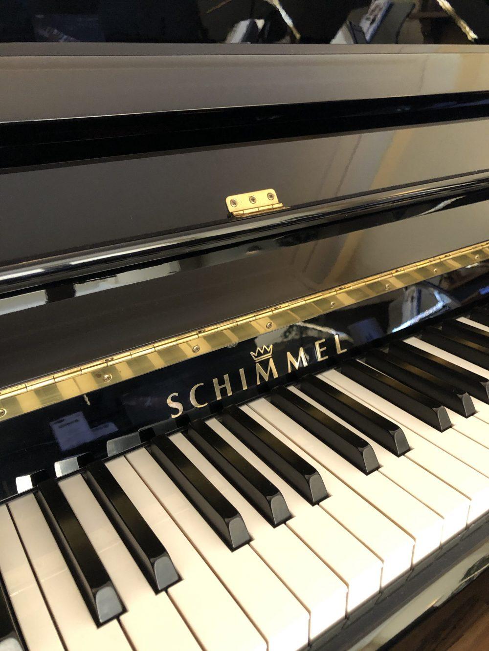 Schimmel upright